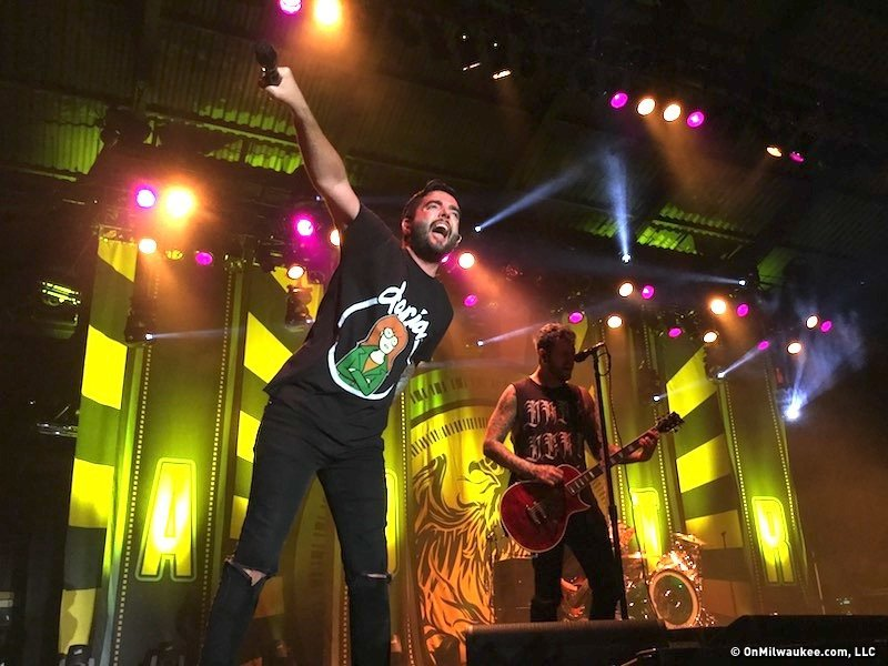 a day to remember delivers a night to remember at summerfest 50 onmilwaukee. Black Bedroom Furniture Sets. Home Design Ideas