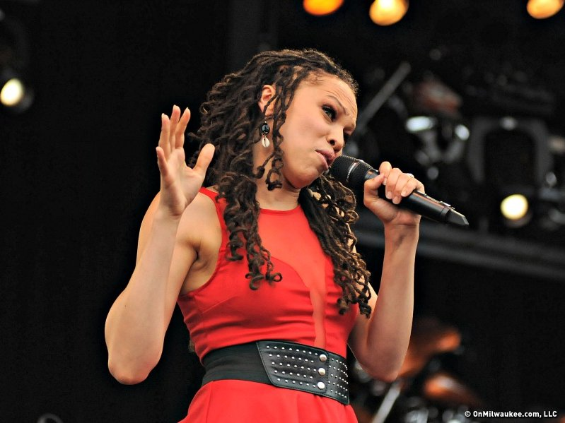 """American Idol"" star Naima Adedapo performed at Summerfest on Saturday night."