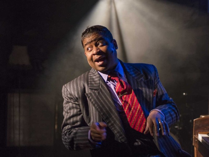"Kenney M. Green stars in the Milwaukee Rep's production of ""Ain't Misbehavin'."""