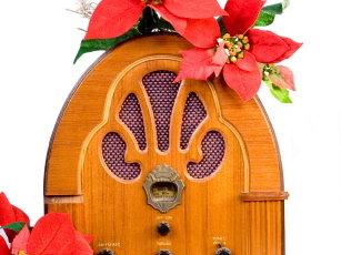Christmas Radio.It S Now Officially Christmas On Milwaukee Radio Onmilwaukee