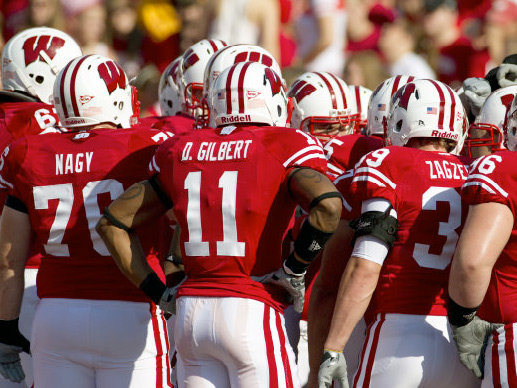 The Badgers huddle during their win over Minnesota at homecoming.