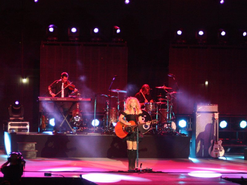 The Band Perry headlined the Potawatomi Bingo Casino Stage on Monday night