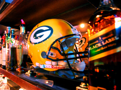 Catch the game at Bay View Sports Bar & Grill
