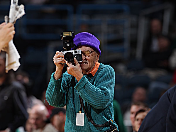 Bob Tai had been a fixture at Bucks games.