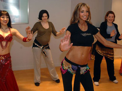 Onmilwaukee Com Kids Amp Family Expectant Moms Shimmy It Up