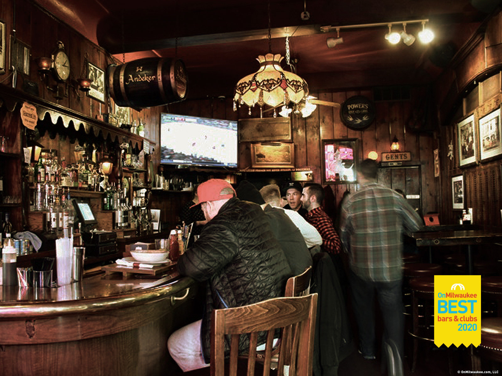 Milwaukee S Best Bar In A Restaurant 2020 Onmilwaukee