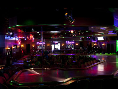 Milwaukee's best bar for a bachelor party/boys' night out, 2015