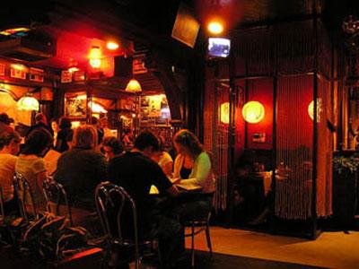 Bars Clubs Milwaukee 39 S Best Bathroom 2009 Safe H
