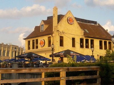 Milwaukee's best bar food, 2011: Cafe Hollander