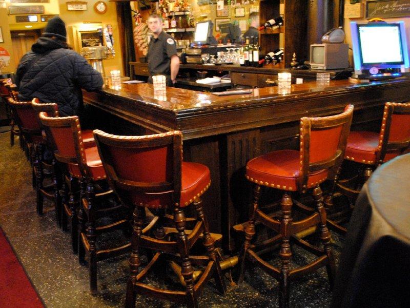 Decorative most comfortable bar stools imageries djenne for Most comfortable counter stools