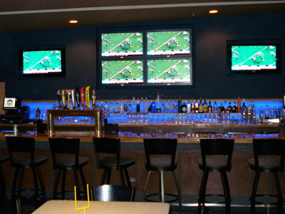 Milwaukee's best sports bar, 2009: Fanatics - OnMilwaukee