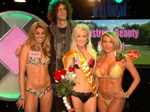 Stern fishing line bikini contest
