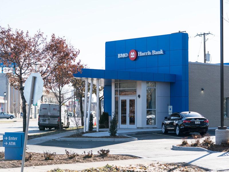 Bmo Harris Banks New Sherman Park Branch Opens Onmilwaukee
