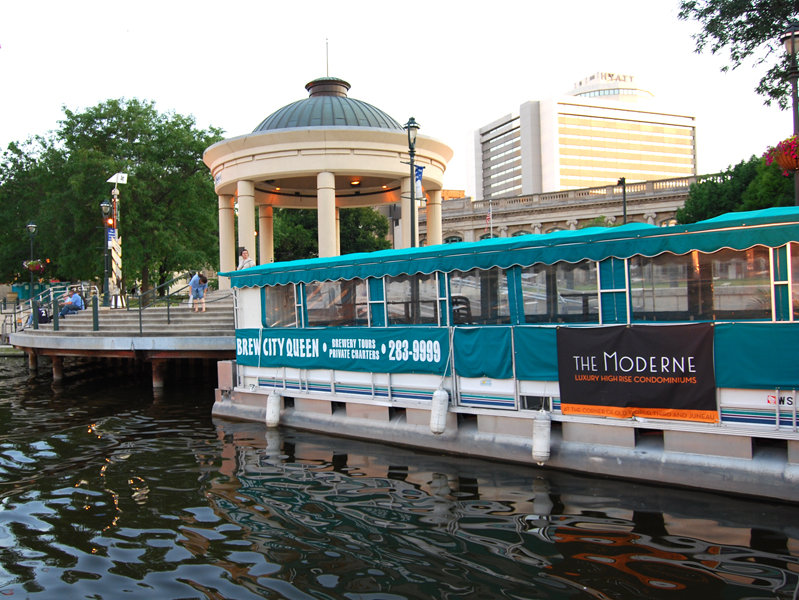 Gay areas to cruise in milwaukee