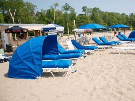 Maximize Beach Lounging With A Cabana Onmilwaukee