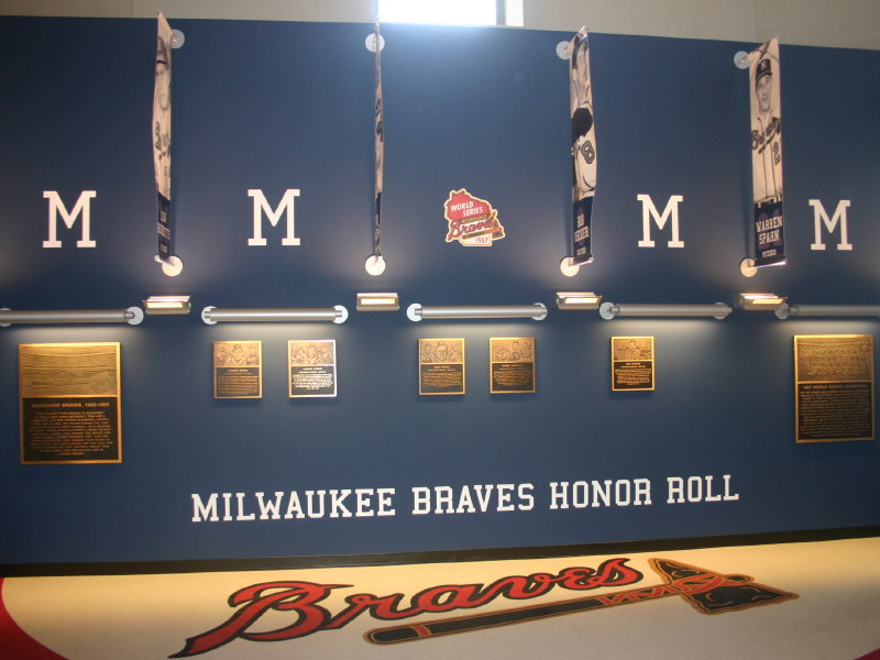 Milwaukee Braves Memory Lives On In Exhibit At Miller