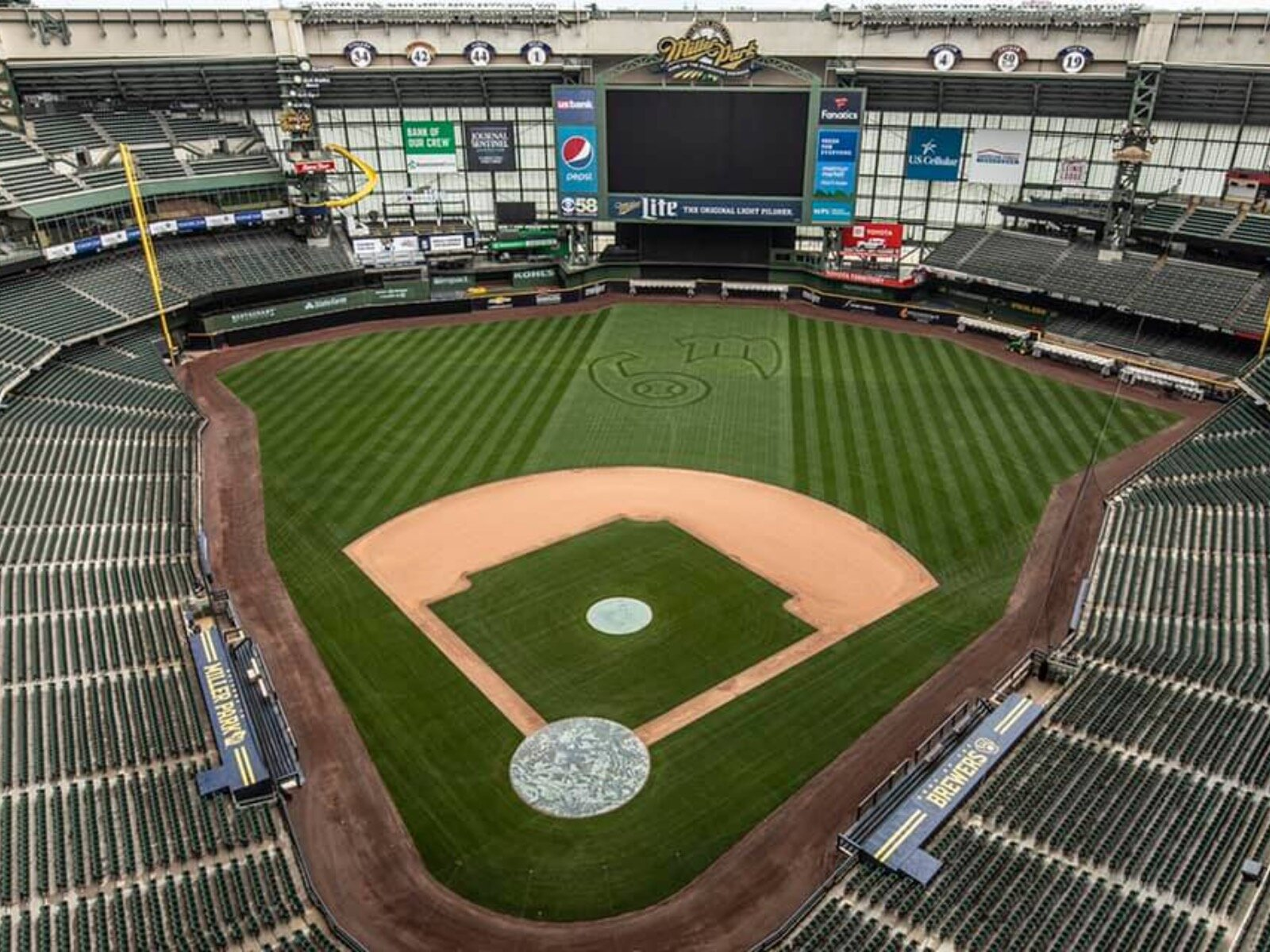 Brewers release 2020 regular season schedule, will open on road against Cubs