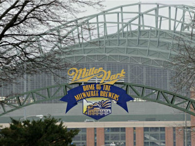 Brewers release complete 2017 regular-season schedule