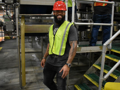 13 photos of Eric Thames and the Brewers crafting their own new MillerCoors beer Image