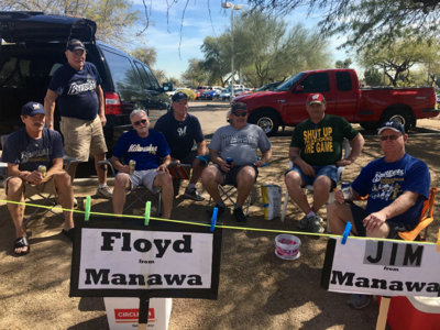 A taste of Miller Park at Maryvale: The Brewers Spring Training tailgate scene Image