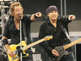 All signs point to an unforgettable ride on E Street Image