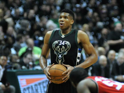 Giannis' popular jersey Image