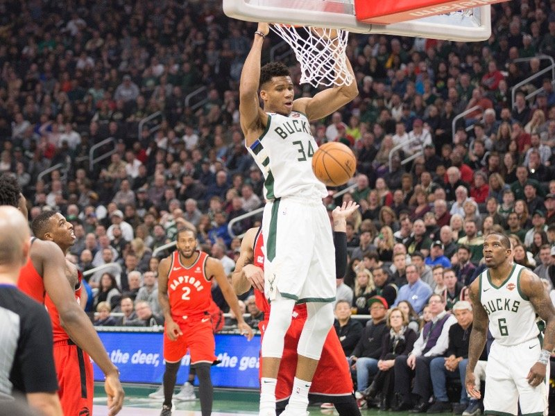 d5a249ab5bd 5 great (and not-so-great) things from the Bucks  123-116 loss to ...