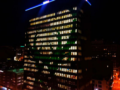 Milwaukee Bucks, BMO Harris Bank light up Downtown with logo