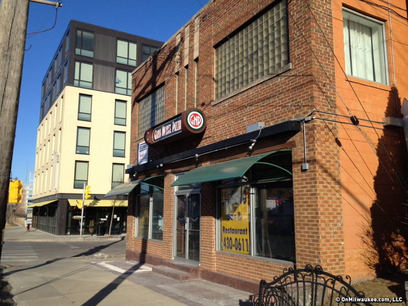 An Asian bar and restaurant called Buddha Lounge will open at this space on North Avenue.