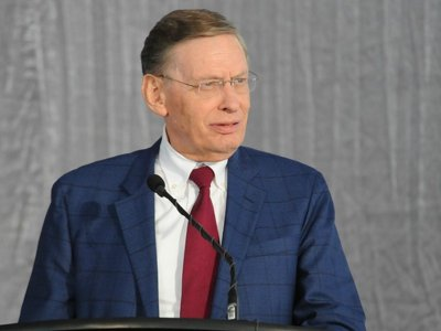 Bud Selig honored Image