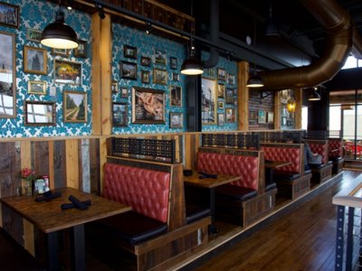 Cafe Hollander opens May 30 in Brookfield