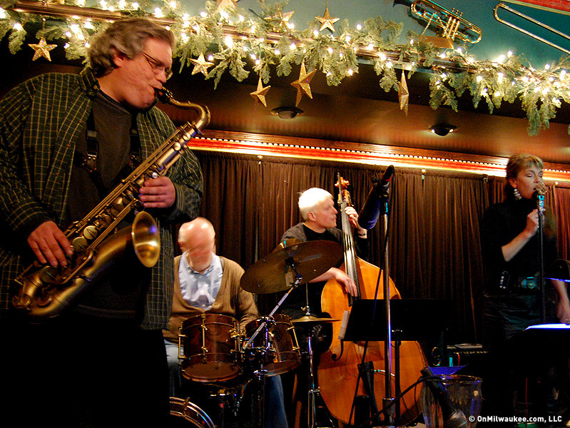 Caroline's Jazz Club an intimate music hideaway - OnMilwaukee