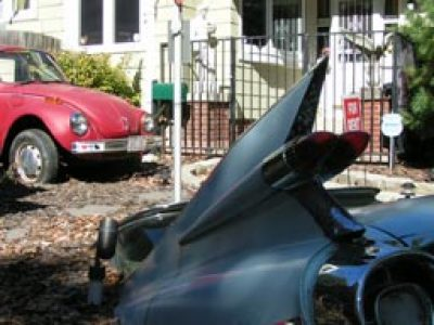 Lawn Ornaments Or Automotive Outsider >> Couple Plants Cars In Yard Onmilwaukee