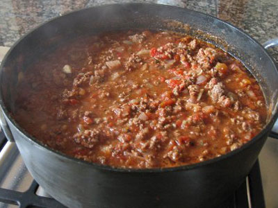 Get creative in the kitchen for the Super Bowl chili cookoff Image