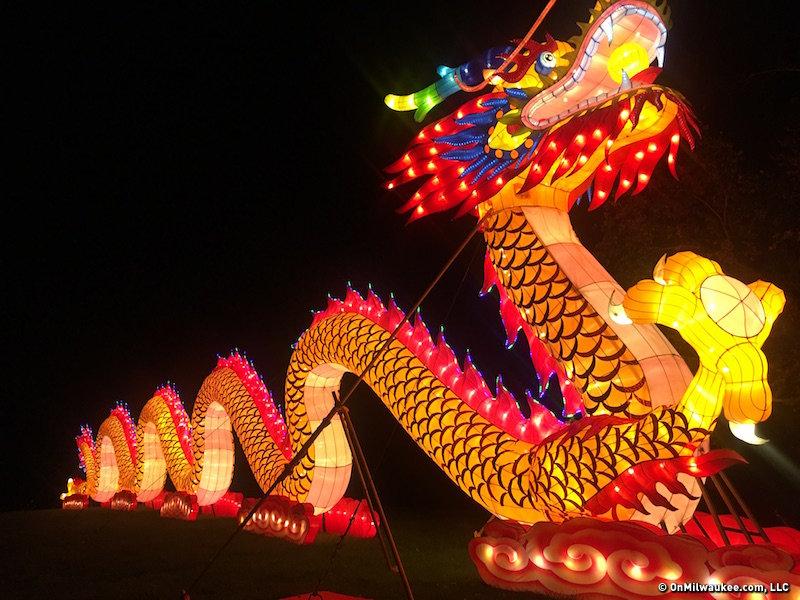 3 Tips For Visiting China Lights At Boerner Botanical Gardens