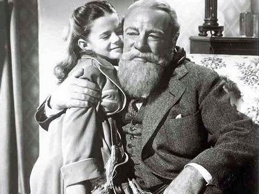 edmund gwenn convinces natalie wood that hes santa in miracle on 34th street numerous times this weekend - Black And White Christmas Movies