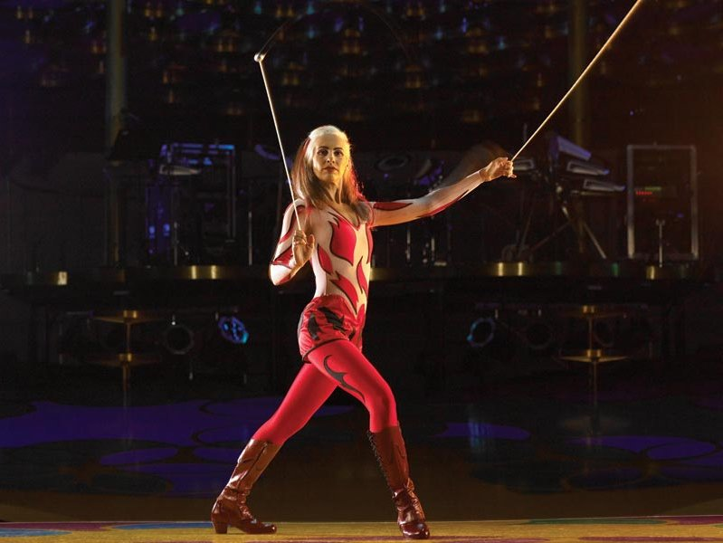 Cirque S Quot Saltimbanco Quot Offers Eye Popping Talent