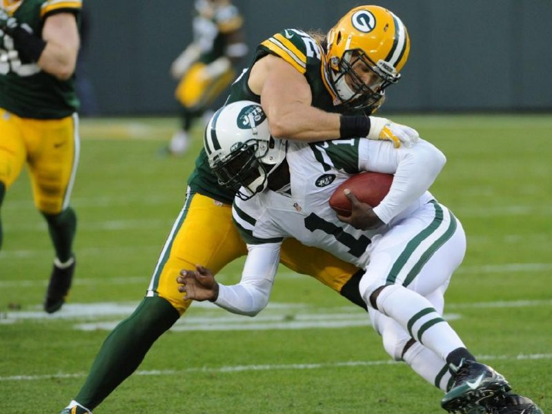 Matthews is on the move in Packers defense Image