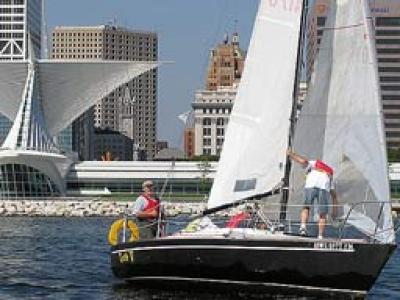 Point your compass toward adventure with sailing lessons