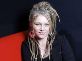 lee dewyze and crystal bowersox relationship