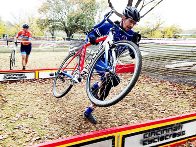Cyclocross and fat bike racing extend excitement in cycling season
