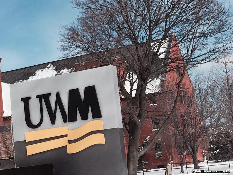 Uwm Financial Aid >> 13 Daily Occurrences At Uw Milwaukee Onmilwaukee
