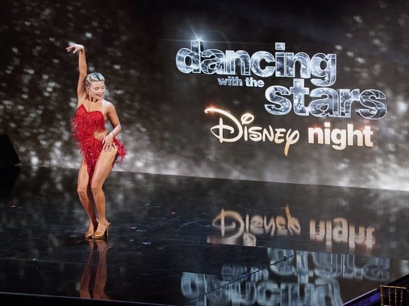 'Dancing with the Stars' recap: Disney Night conjures a little magic