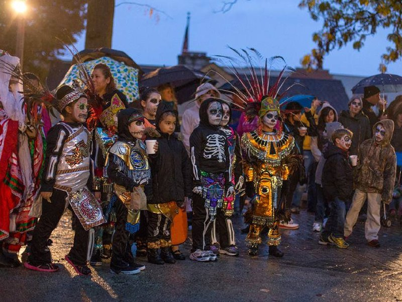 Contreras marches the Dia de los Muertos parade into Milwaukee