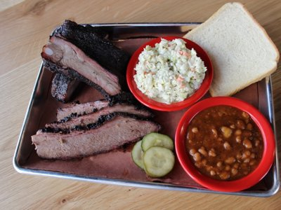 Doc's Commerce Smokehouse now open Downtown Image
