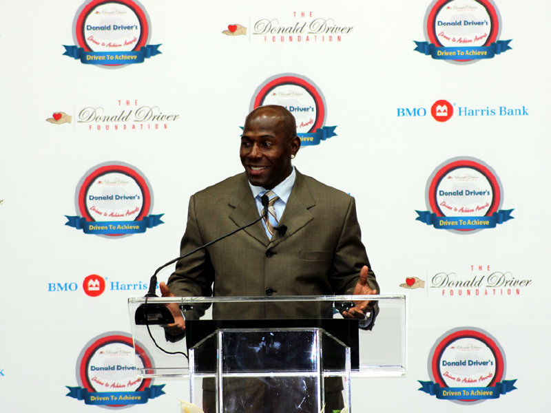 Donald Driver will be presenting his foundation's awards on March 29 at the Pfister Hotel in Milwaukee. (PHOTO: donalddriverfoundation.com)