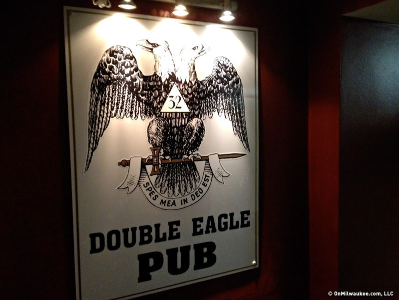 A sign in the hall announces the Double Eagle's subterranean location.