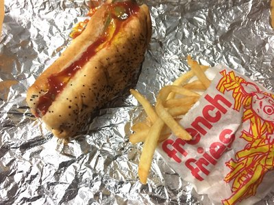 $7 Downtown Milwaukee lunch challenge: The Dogg Haus
