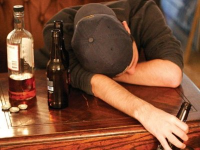 an argument against lowering the legal drinking age back to eighteen , when the increasingly influential mothers against drunk driving added the federal minimum drinking age  drinking age back  lowering the age to.