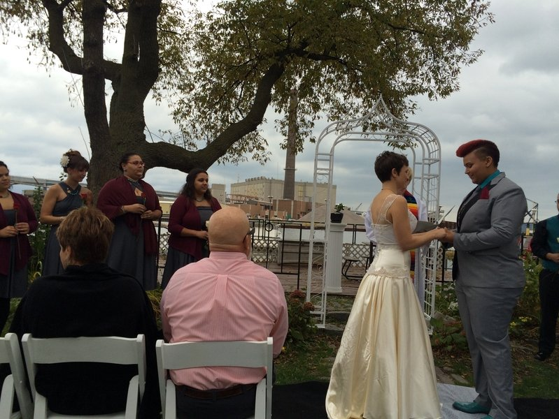 Love in the city: Introducing Mrs. and Mrs. St. Nolde